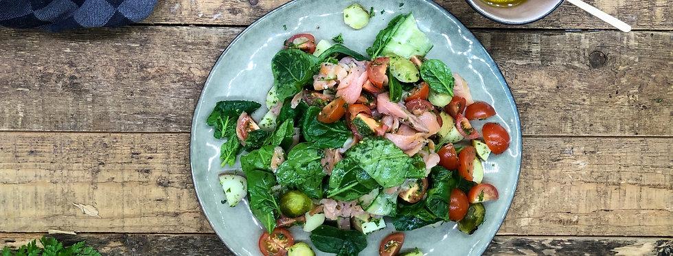 Herfst salade met gerookte zalm, spruit & kriel aardappel.