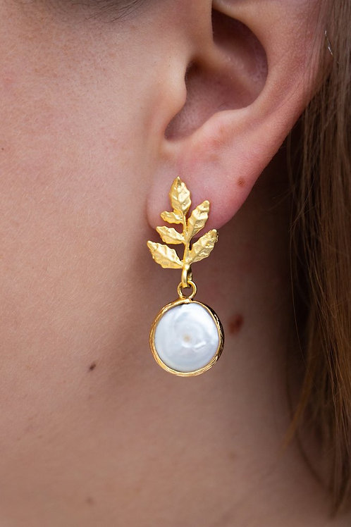 Fresh water pearl leaf earrings