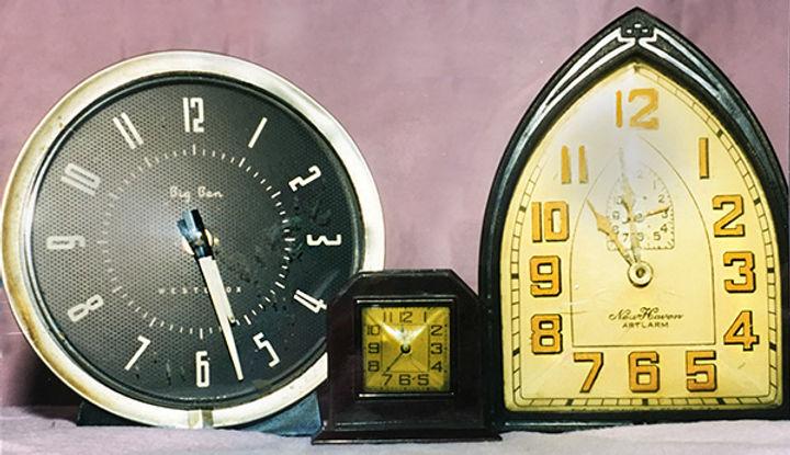 clocks1.jpg