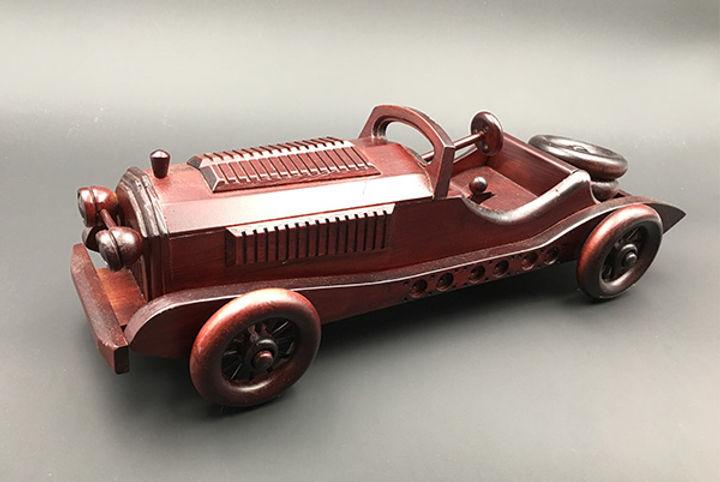 woodcar1.jpg