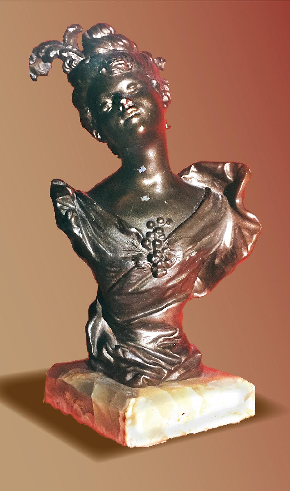 grlflowerbust-bronz.jpg