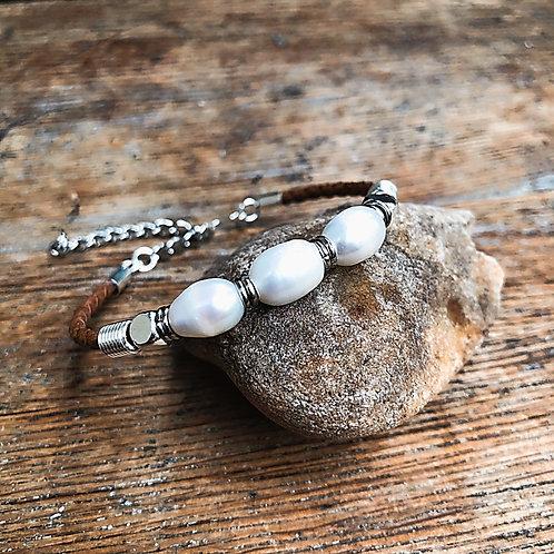 Simply Pearl Bracelet