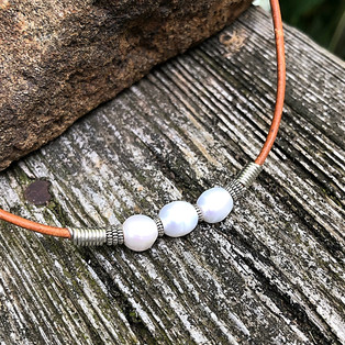 Triple Pearl Choker Necklace
