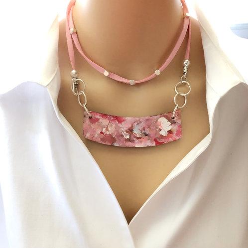 Bar Necklace Rose
