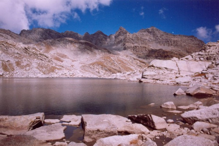 Nagdal-Lake-1-600x400.jpg