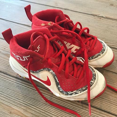 Huge Selection of Baseball Shoes - All Sizes