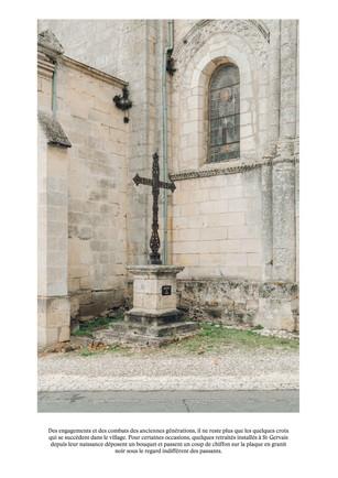 Les croix fleuries