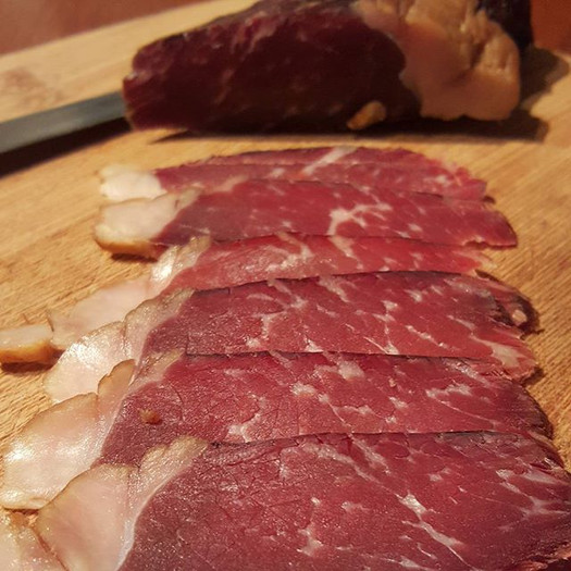Cured smoked dried beef #suhomeso_#bresa