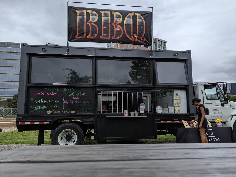 Food truck pic 1.jpg