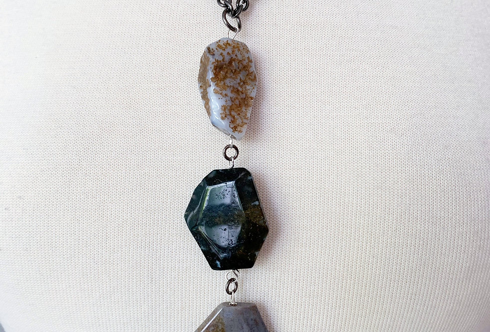 3 Stone Agate Necklace
