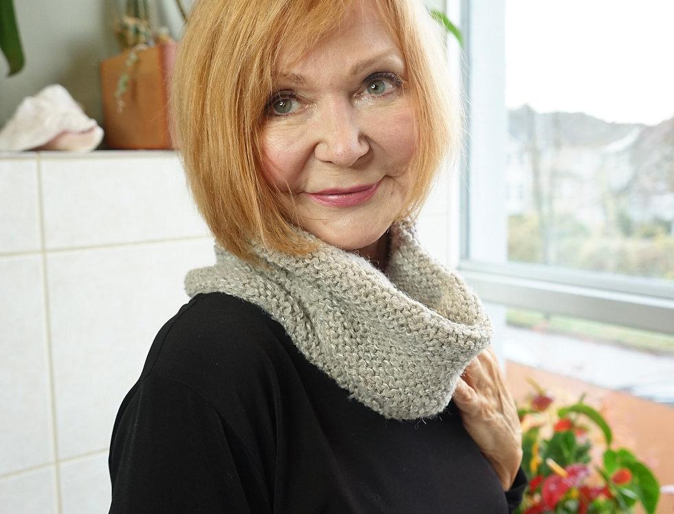 Cecile Benac Latte Knit Cowl