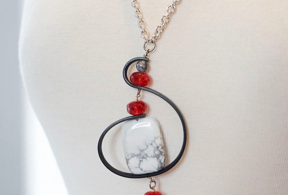 Rubber Swirl Pendant Necklace
