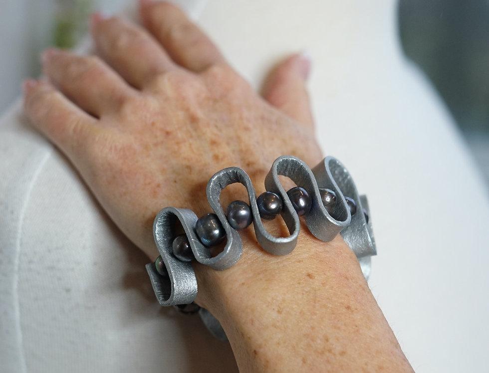 Freshwater Pearl & Leather Swirl Bracelet