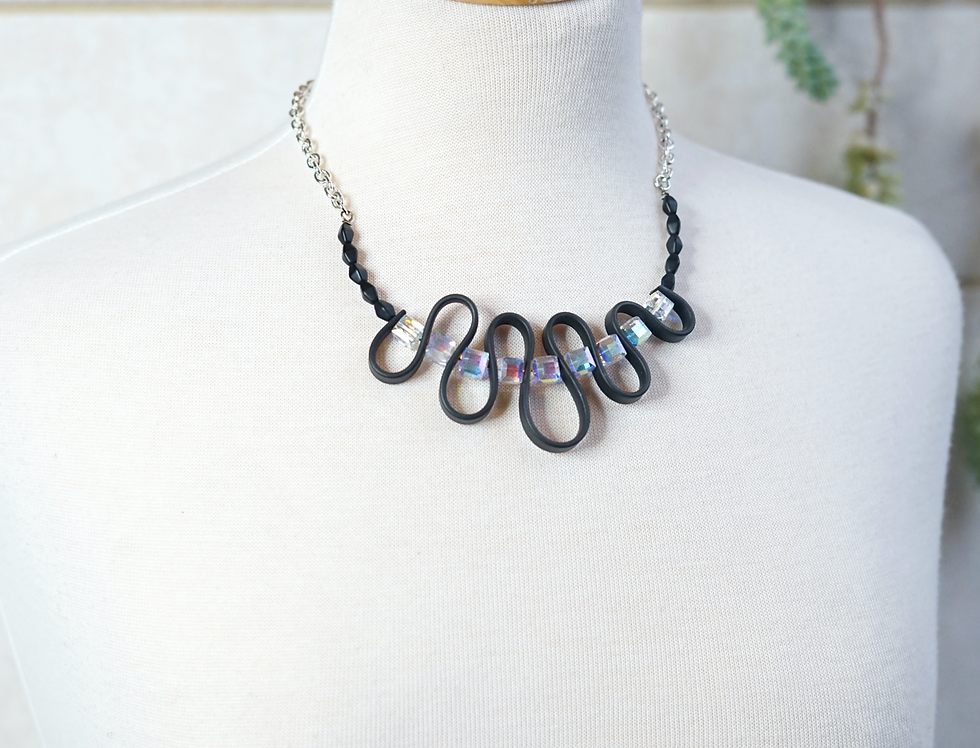 Crystal & Rubber Wave Necklace