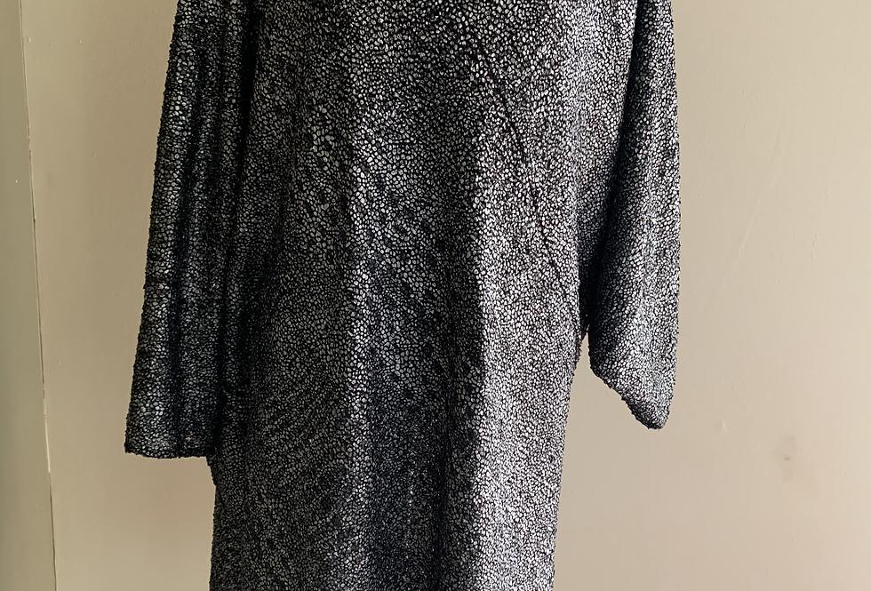 Asymmetrical Loose O/S Silver Sparkle Knit Tunic