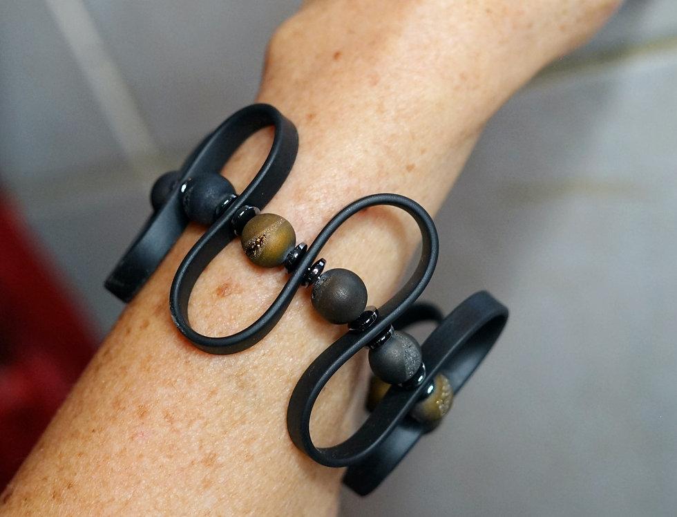 Druzy Agate Rubber Wave Bracelet