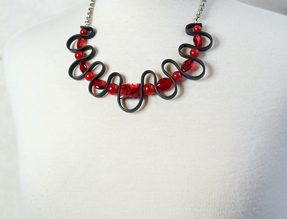 Red & Rubber Wave Necklace