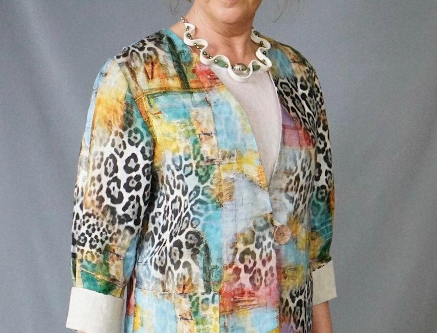 Venetian Animal Print linen semi fitted jacket