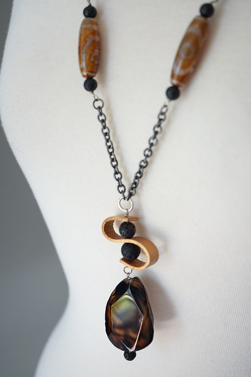 Gold Leather Wave Necklace w. Tibetan beads & Lava
