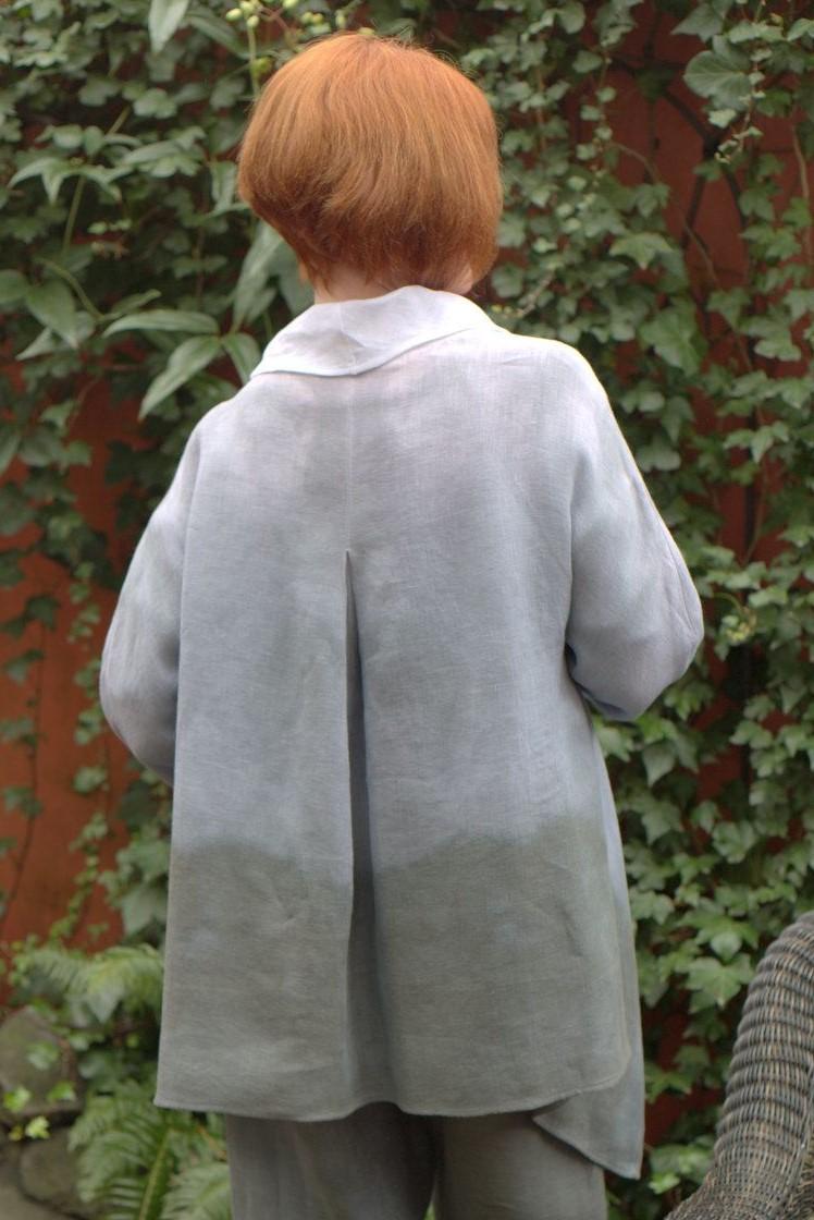 Slate white jacket back view