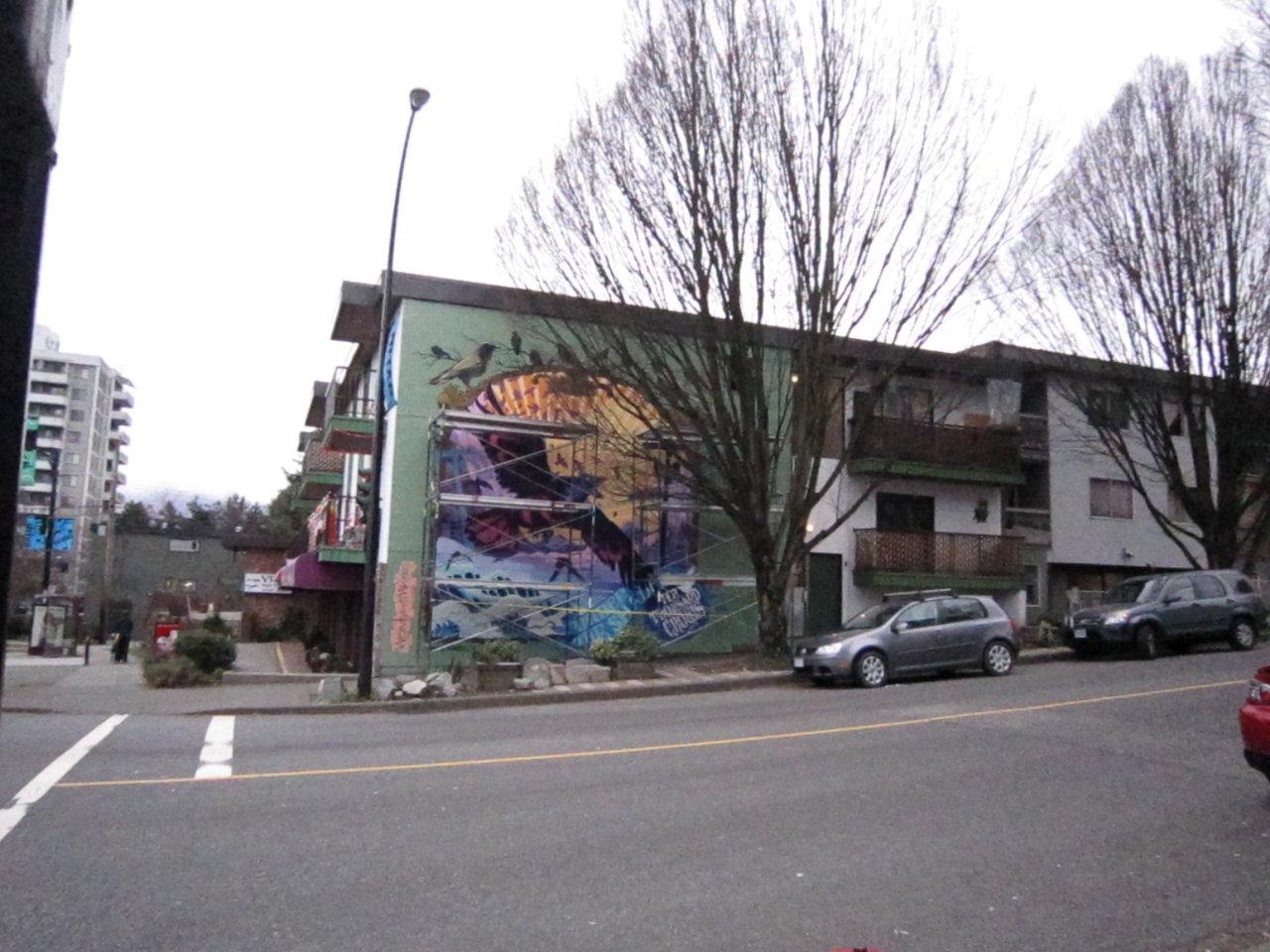 10,000 crows mural