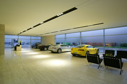 Aston-Martin-Showroom-Design-10-lg.jpg