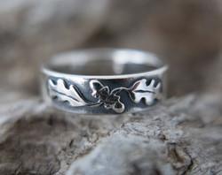 Jewellery by Harri Carmichael