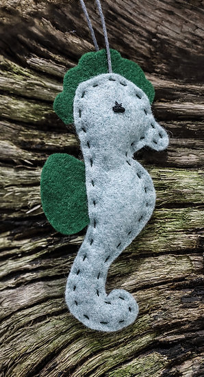 Sea Horse Decoration / Addurn Morfarch