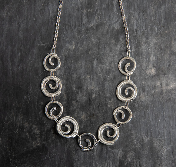 9 Spiral Necklace / mwclis 9 troell