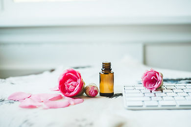 Sweet_Pink_Flower_Desk_EO_Collection-116
