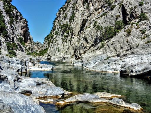 Šest krásných kaňonů v Pyrenées Orientales - jižní Francie