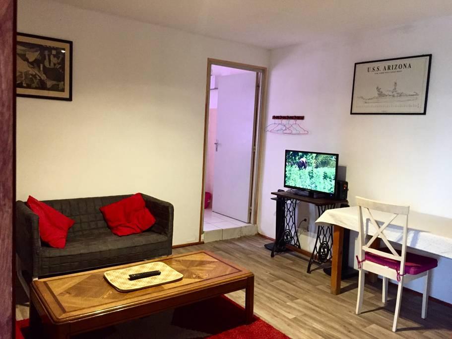Obývací pokoj pohled 2.