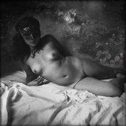 Cécile au masque