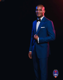 the-delhi-dynamos-lions-suit-up-with-herringbone-and-sui_923993.jpg