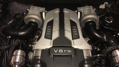 Audi R8 4.2 ltr V8