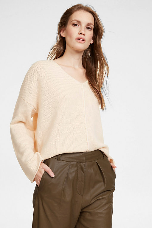 iHeart-leather-pant-clay-knit-ivory-1360