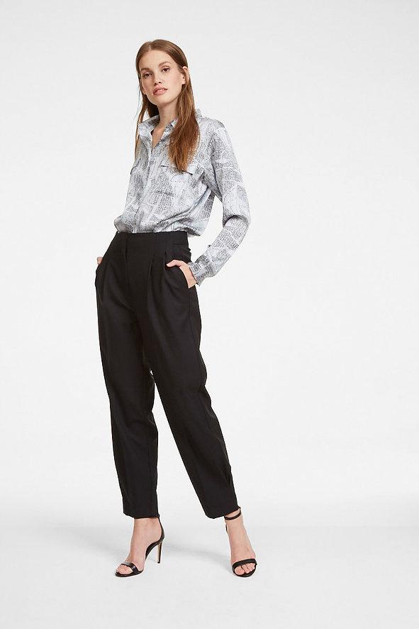 iHeart-black-trouser-skin-blouse-12927.j
