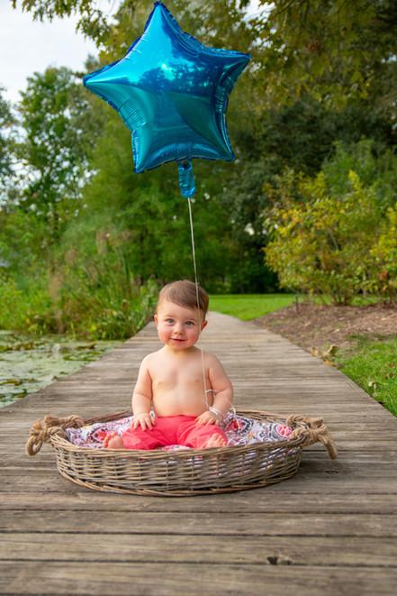 baby, boy, baton rouge, meagan stone photography, lifestyle photography, family photographer, basket, LSU Hilltop Arboretum, balloon