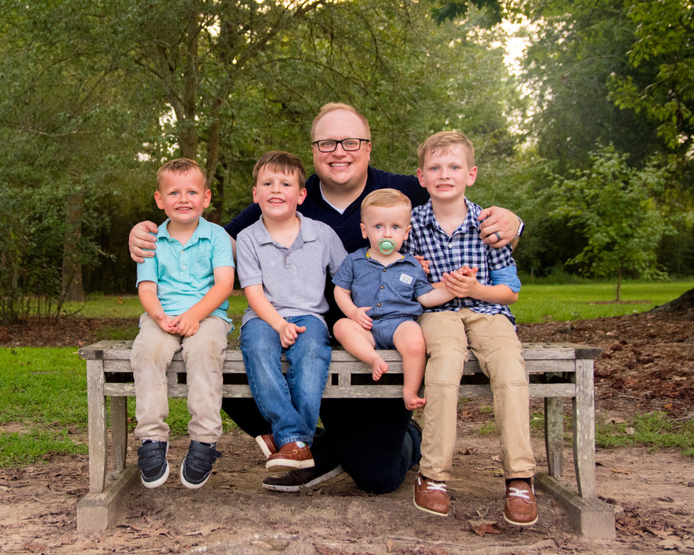 brothers, children, dad, fatherhood, meagan stone photography, family photographer