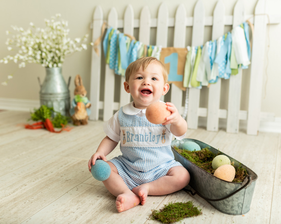 1-year-old Easter themed studio mini session