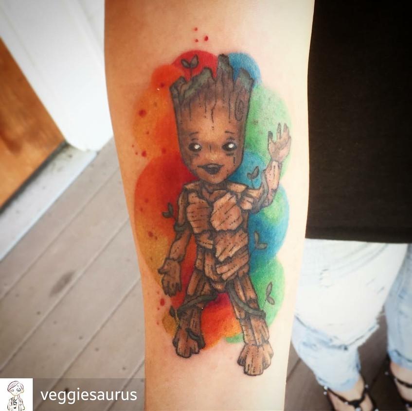 Baby Groot + Watercolor