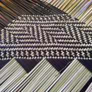 kete whakairo black and natural