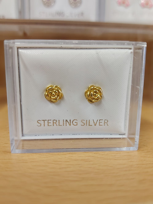 Gold rose earring. Gold plate over 925 silver