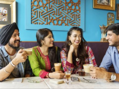 Indian Dining Etiquette: The Dos & Don'ts