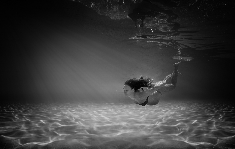 Ensaio subaquático gestante santos