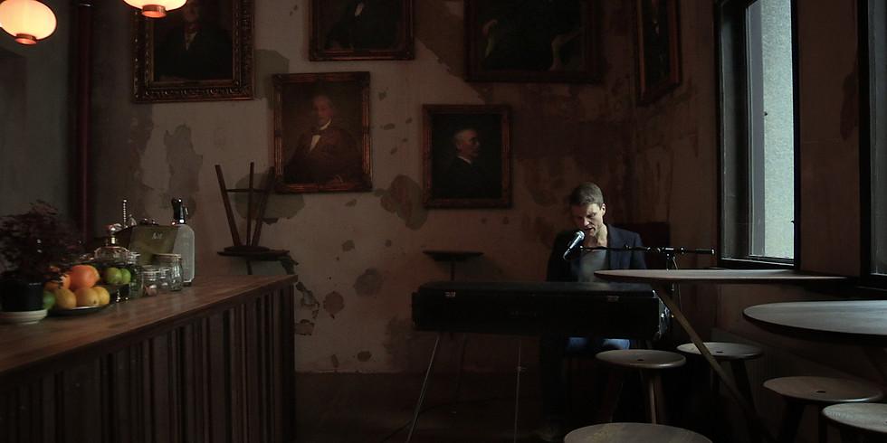 Schubert Lounge