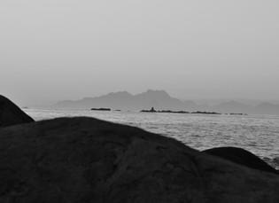 Towards the island - Greenland Edition