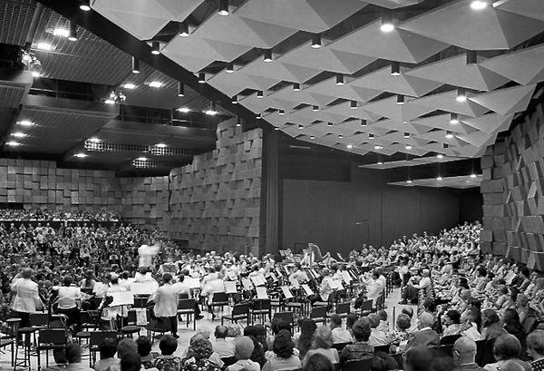348-094_concert_hall_haifa_a_f.jpg