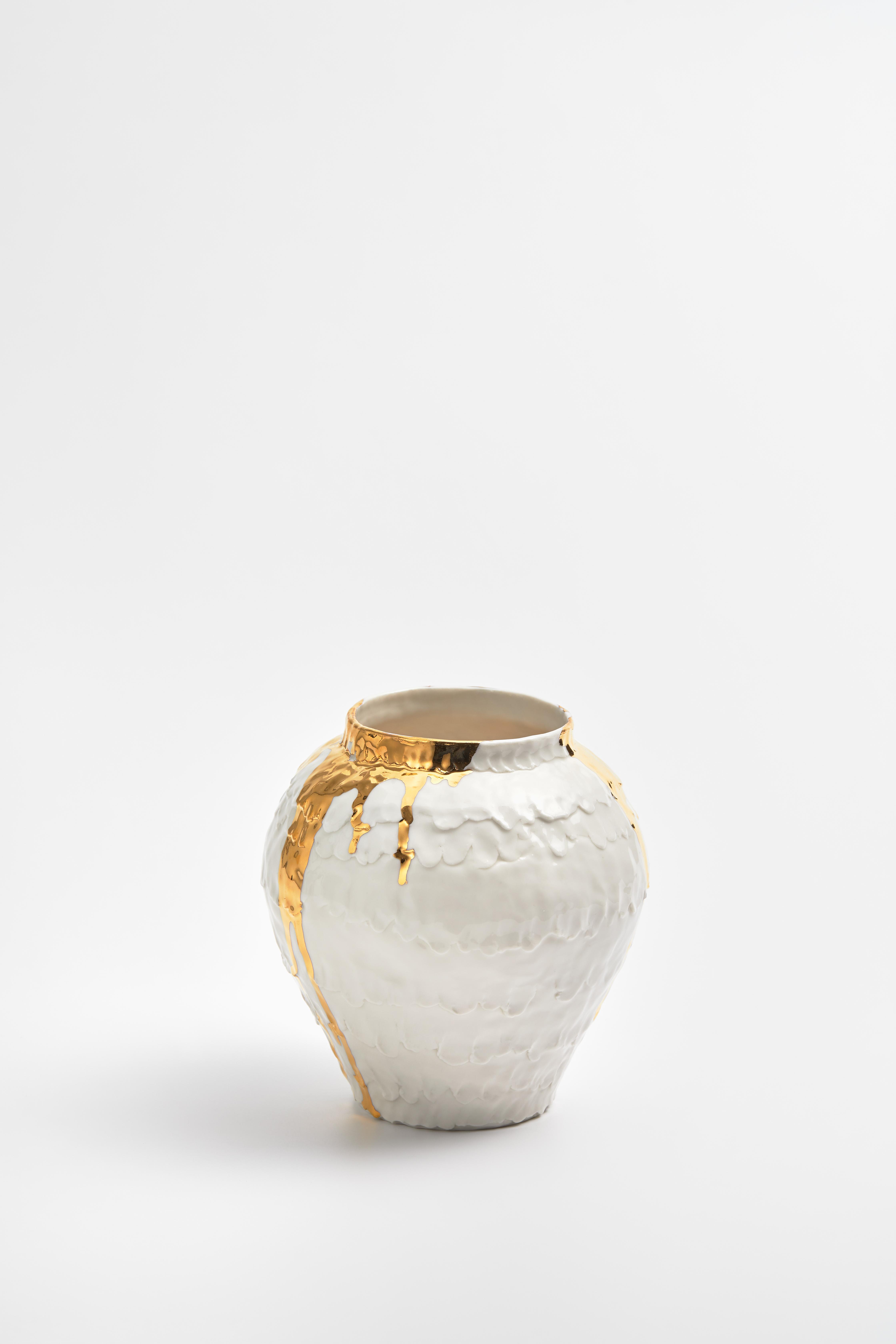 Life-size jar