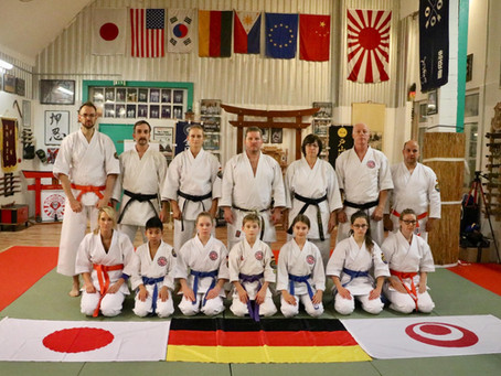 Karate Day 2019 - 14 Osaka-Sportler nahmen an Aktion teil